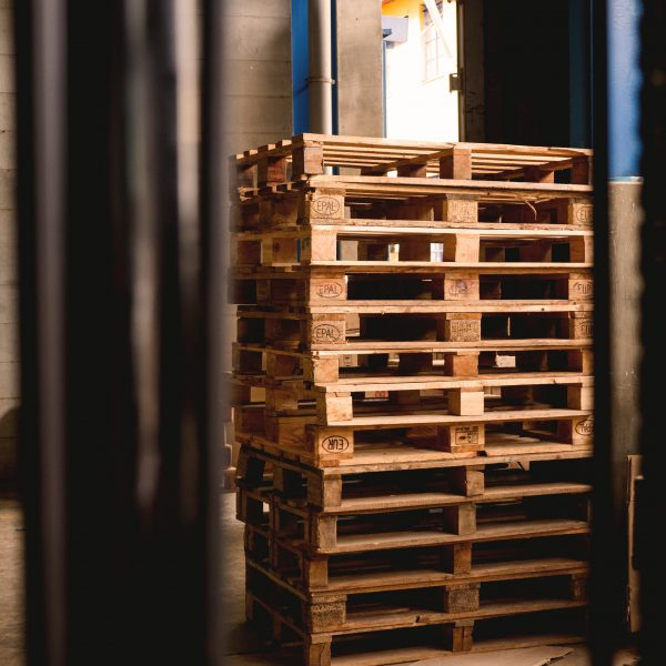 """A Guide to Choosing the Right Pallet for You"""