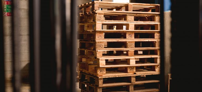 """""""A Guide to Choosing the Right Pallet for You"""""""